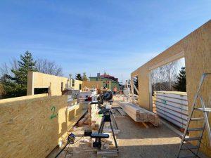 odlahčené nadstavby bytového domu se sip panel