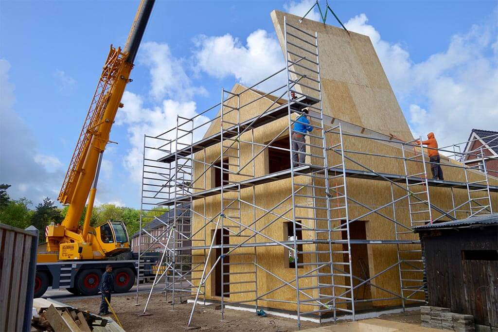 construction of SE SIP panel family house